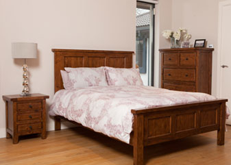 Wellington Bedroom - Chestnut